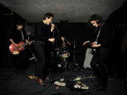 318. Savages: Y sin mover las nalgas